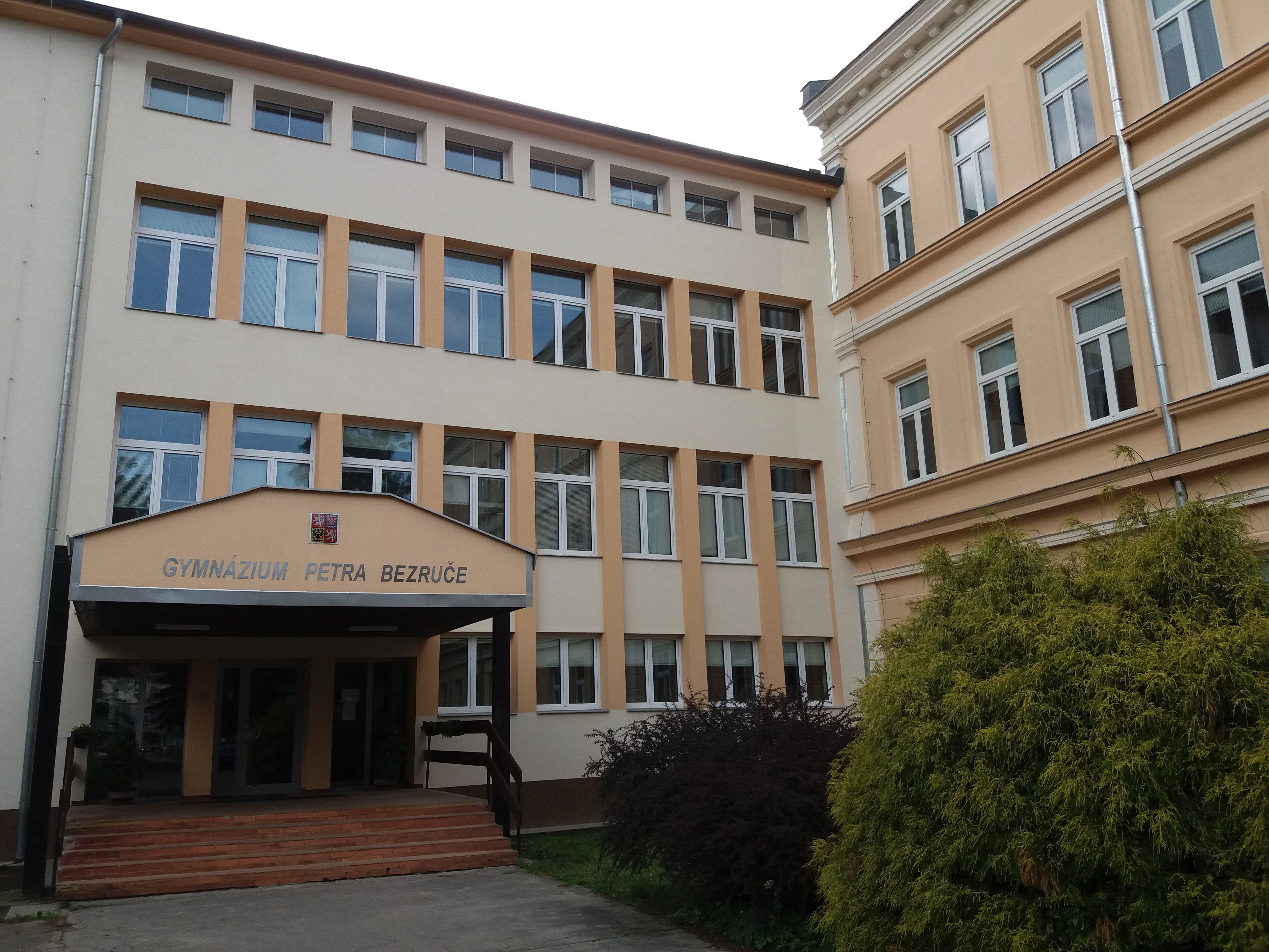 Rekonstrukce gymnázia v F-M