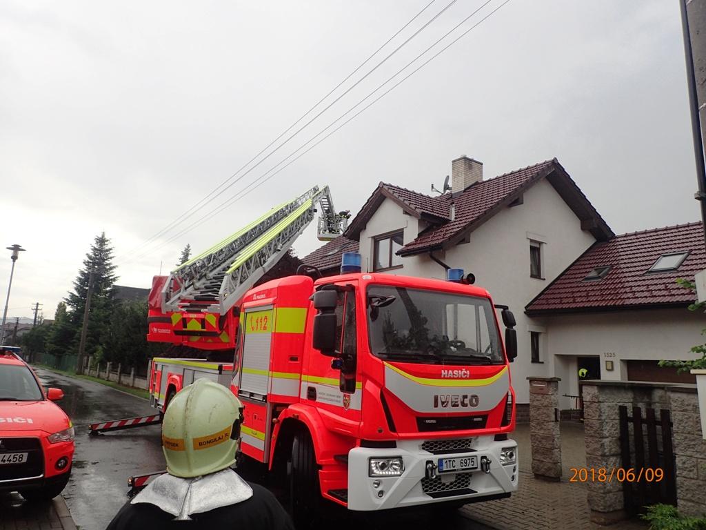 Požár střechy rodinného domu FM