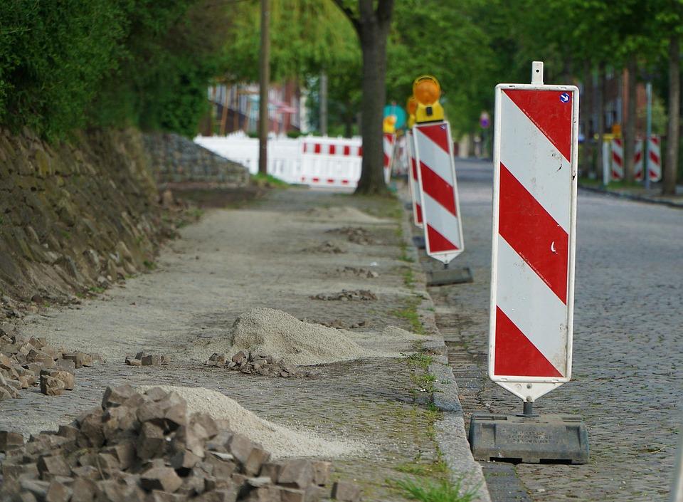 Další oprava chodníků