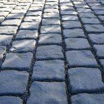 Ve Frýdku-Místku se hromadně opravují chodníky i komunikace